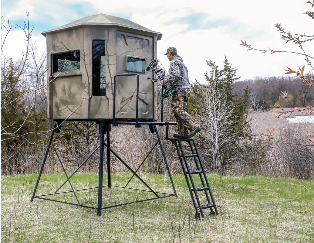 Deer Blinds - Carstens Fiberglass Manufacturing